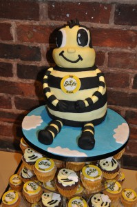 bee-fit-10th-birthday-cake