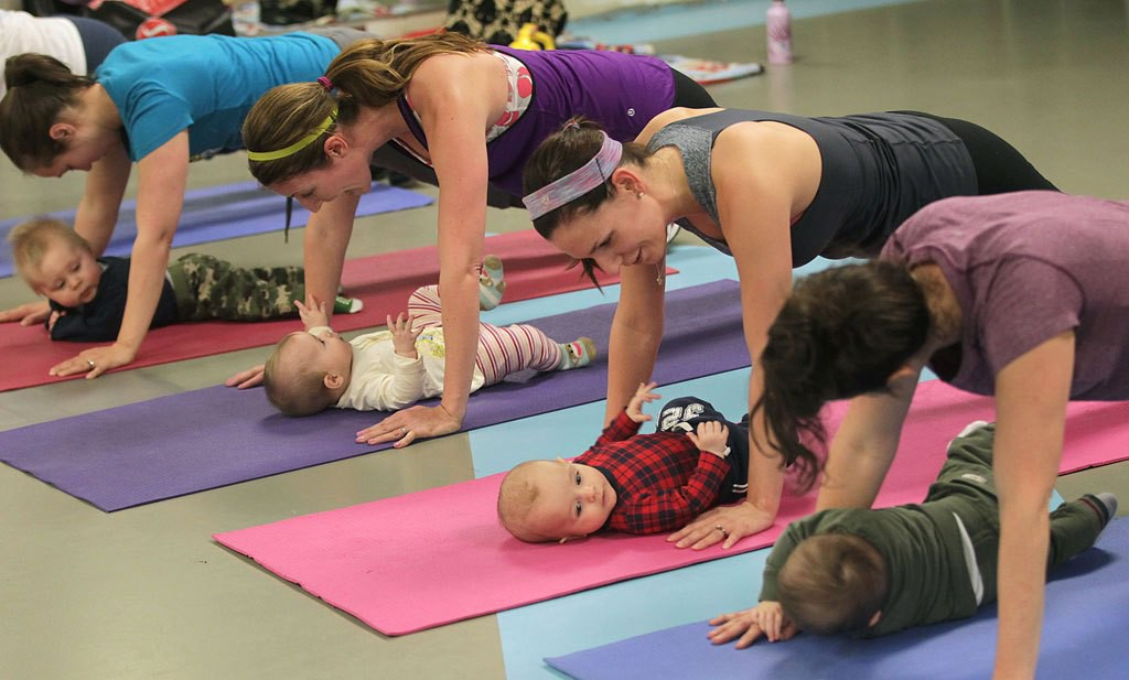 postnatal exercise mother and baby class